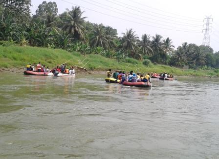 Ikuti Ekspedisi Nasional, Mahasiswa Faperta Dorong Kepedulian Warga untuk Sungai Citarum